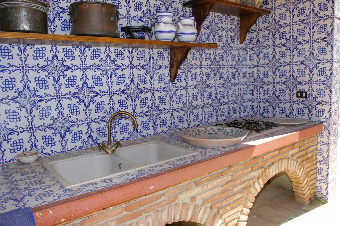 Ceramiche torcivia srl esempi di installazione ed - Piastrelle per cucina in muratura 10x10 ...
